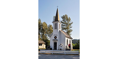 Photo of the Little White Church in Elbe